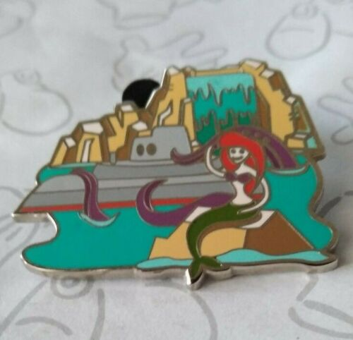 Submarine Voyage Happiest Place on Earth Retro Mystery 2014 Disney Pin 110360
