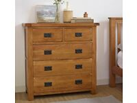 Solid Oak Chest of Drawers - Really good condition