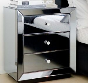 WANTED: Mirror bedside table Yangebup Cockburn Area Preview