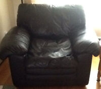 Comfy BLACK LEATHER ARMCHAIR  matching sofa also available
