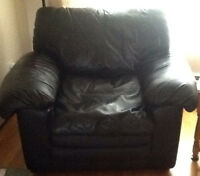 Comfy BLACK LEATHER ARMCHAIR