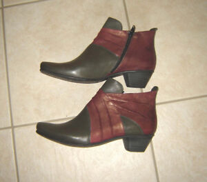 NEW Fidji Leather Shoes and other Footwear, Boots - size 8.5