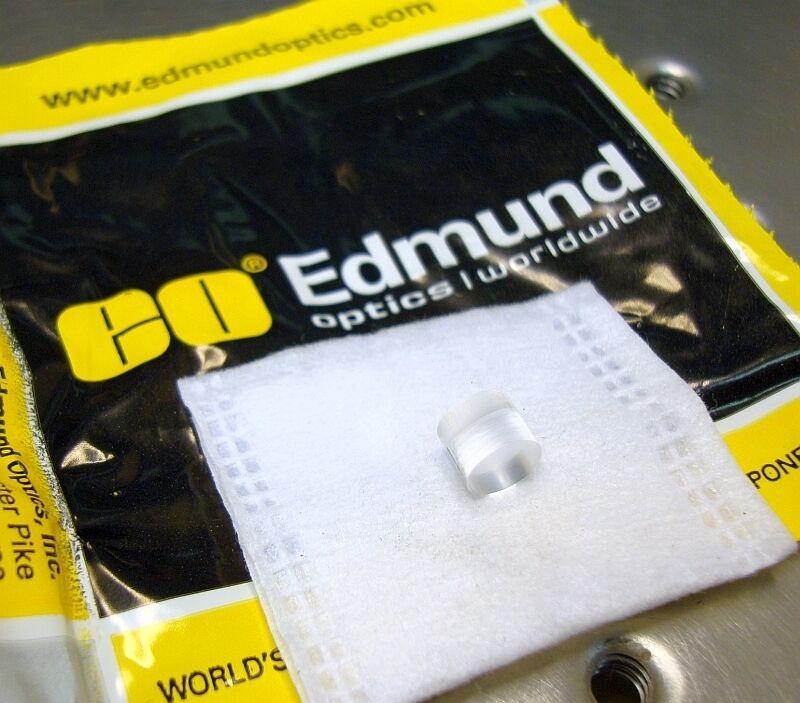 EDMUND OPTICS ROD LENS LASER LINE GENERATOR 7mm dia x 5.8mm long scientific HeNe