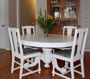 Tilt top table & chairs