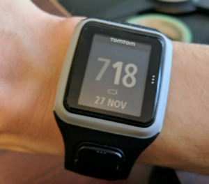 TomTom Runner GPS Watch+HRM 8RS00