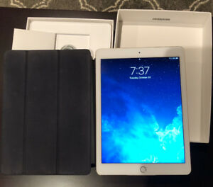 iPad Air 2, 64GB Gold, with genuine Apple magnetic cover