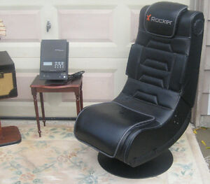 Leather Chair / rocker (stereo speakers)