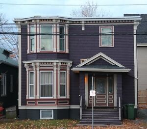Robie St 5 Bdrm Available May 1st