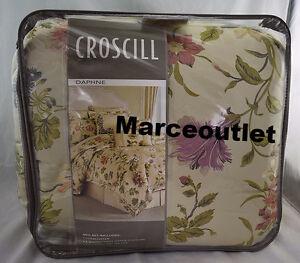 Croscill Bedding Daphne Floral 4 Piece KING Comforter Set