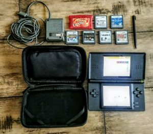 Nintendo DS Lite w/ case & 7 games