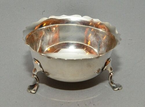 Antique English Chester Sterling Silver Open Salt 2.2 ozt marked Howell Oxford