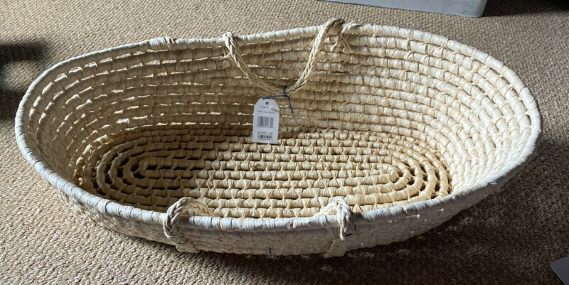 Bloomingdales Badger Basket / Natural Moses Basket 00880 (New With Tags)