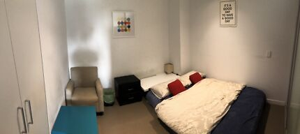 CBD great location room for rent