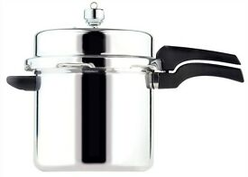 high dome pressure cooker has been manufactured from high quality, polished aluminium