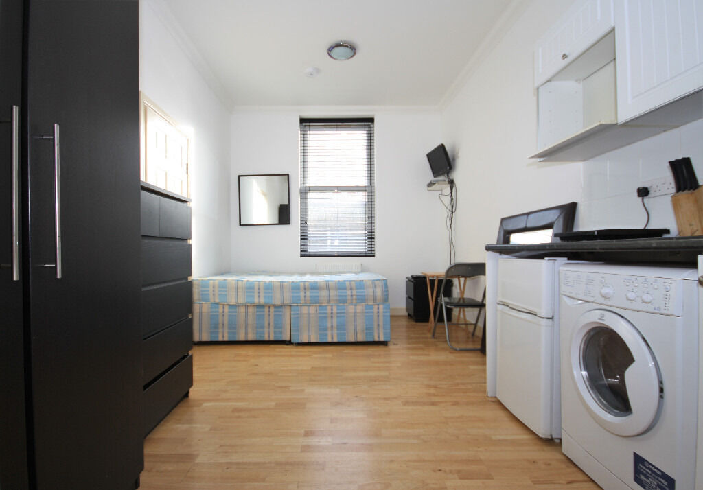 Lovely Spacious Studio Flat Available In Greenwich