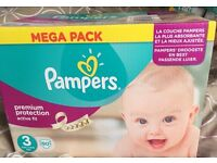Size 3 pampers nappies