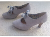 Get ready for that wedding or day at the Races ... with these retro-style shoes from Clarks (size 4)