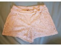 Mimi Chica Off-White Lacy Shorts XS