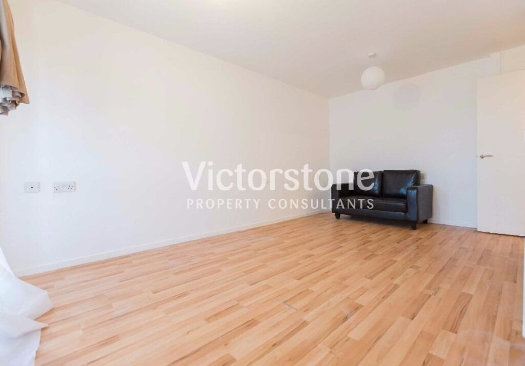 Newly Refurbished 1 Bedroom flat, Limehouse, East London