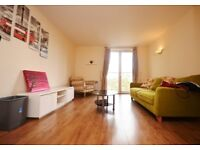 **STYLISH 2 BED APPT IN PLUMBERS ROW, ALDGATE, PERFECT FOR PROFESSIONS**