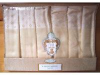 *NEW* 6 vintage Gold Medal Brand pale yellow & shamrock design Rayon napkins in original box.£5 ovn