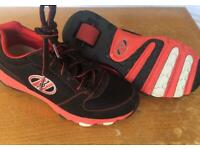 Size 6 Heelys Black & red - final reduction