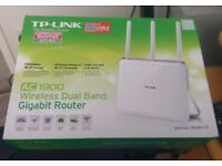 TP-LINK AC1900 wireless duel band router