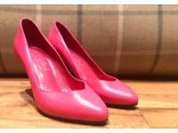 Office Ladies Pink Heels Size 3