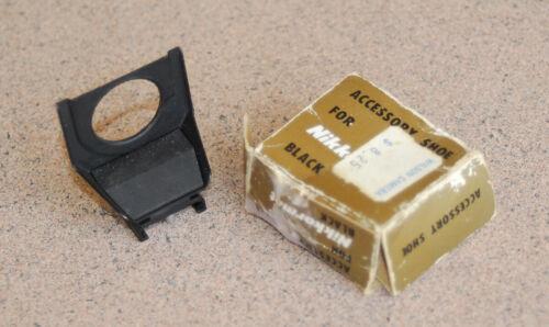 Vintage Nikon Nikkormat Flash Unit & Accessory Coupler Shoe BLACK 2 FT NIKOMAT