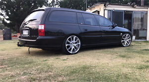 Vx Berlina V8 Wagon Two Wells Mallala Area Preview