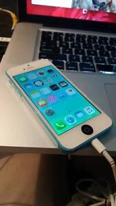 iPhone 5c Blue - 16 GB - Fido - white screen
