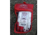 Newbery RH cricket gloves