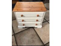 Beautiful solid pine ducal chest of drawers (Annie Sloan)