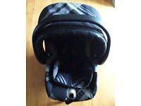 Baby car seat Primo Viaggio Mamas and Papas