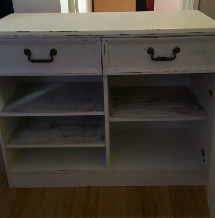 Hand painted solid unit