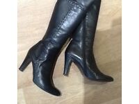 Principals Ladies Black Leather Boots. Size 5