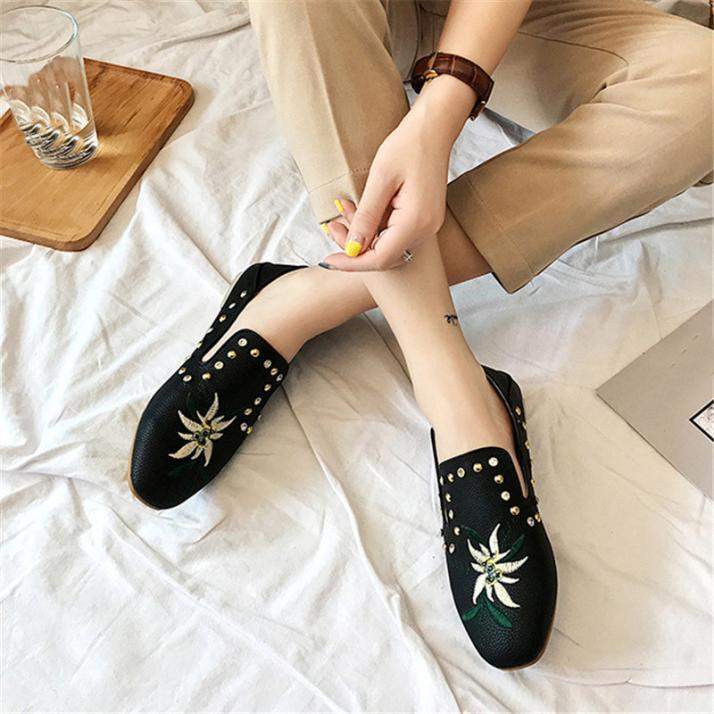 Office Women Shallow Low Heel Shoes Rhinestones Print Single Embroidered Shoes