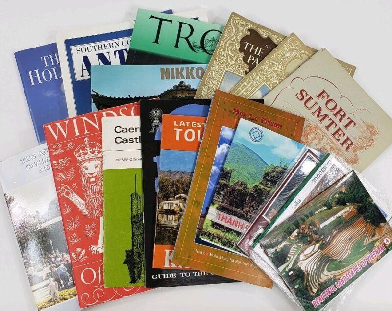 Vintage Internatonal Tourist Guides Maps Lot Of 17