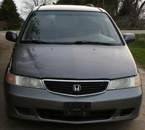 2002 Honda Oddyesy - Parting out