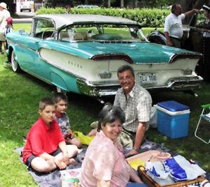 Exposition de voitures anciennes à Ville Mont-Royal le 17 juin