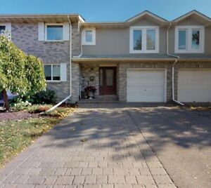 Rarely offered! Freehold townhouse in prime Richmond Hill!