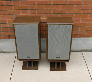VINTAGE ADVENT 4002 SPEAKER CABINETS Kitchener / Waterloo Kitchener Area image 1
