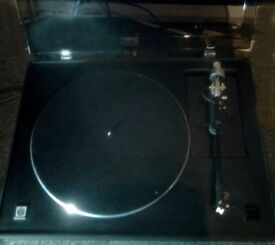 STRATHCLYDE M305 TOP OF THE RANGE HIFI TURNTABLE WITH ADC ALT1 TONE ARM