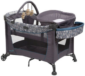 BRAND NEW NEVER USED Playard & Baby Bouncer