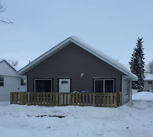 Newly reno'd house in Pouce, close to school & playground!