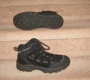 Men's Casual and Dress Shoes (Johnston and M, Clarks) - 9, 9.5 Strathcona County Edmonton Area image 2