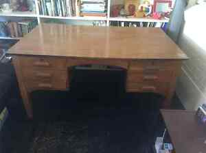 Large Desk Freshwater Manly Area Preview