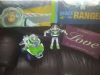 toy story single bedding /buzz light sounds and talks /pushlong buzz on bike collect only