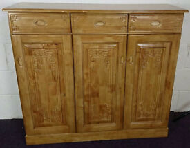 Large Solid Pine Sideboard Cupboardn Drawers Dresser - RRP: £249.99