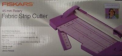 Fiskars 01-000472J 45Mm Donna Dewberry Collection Fabric Strip Cutter ()